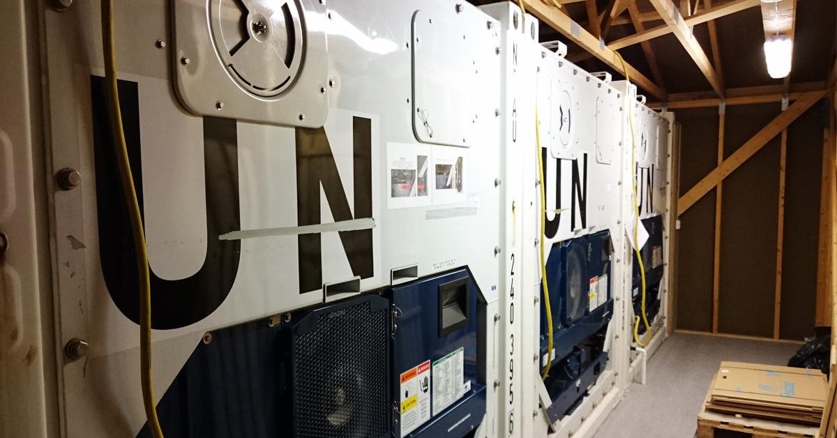 Sjekk av maskinene og funksjonene på containerene er viktig for at maten oppbevares i riktig temperatur.