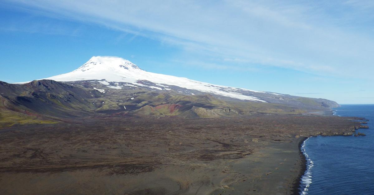 Vulkanen Beerenberg ruver med sine 2277 meter over havet, og er et av de høyeste fjellene i Norge.