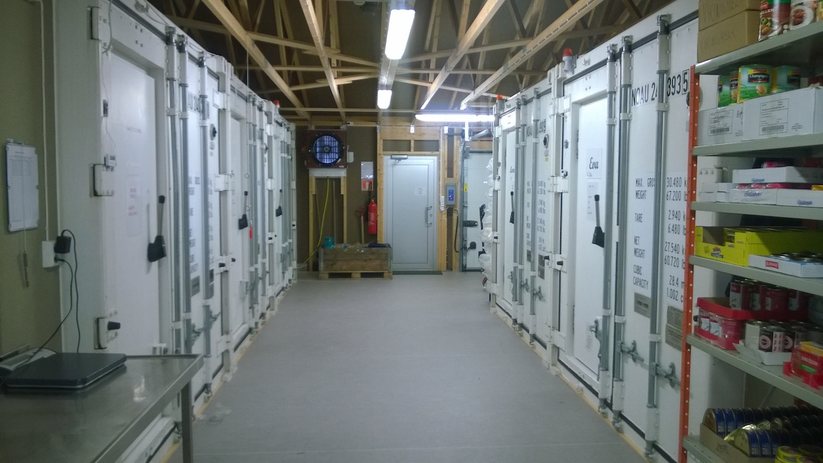 Kjøle-fryse-container-janmayen